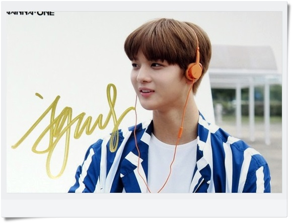 signed  WANNA ONE Bae Jin Young autographed  photo TO BE ONE  6 inches  freeshipping  092017B signed wanna one autographed group photo to be one 6 inches 11 photos set freeshipping 092017b