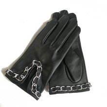 Genuine Leather Gloves Female Small Fragrant Wind Chains Thin Velvet Lined Black Touchscreen Sheepskin Woman TB119