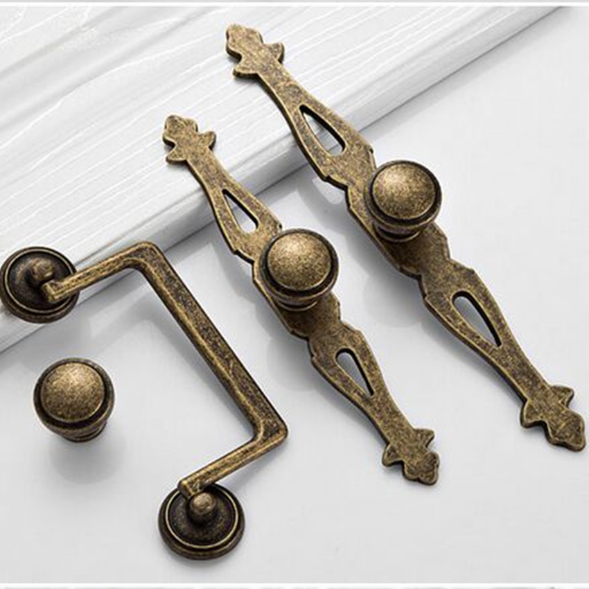 America Diseress Antique Brass Knobs With Backplate