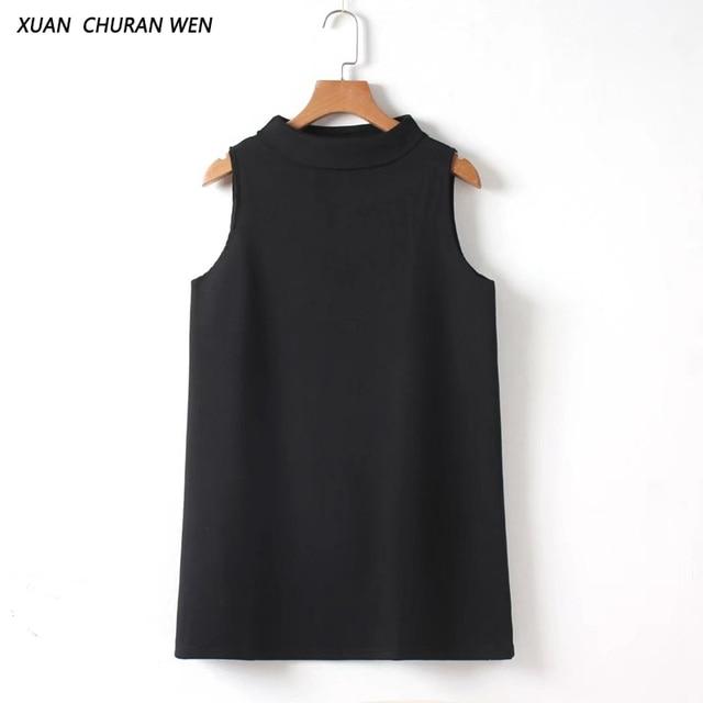 Schwarzes kleid rollkragen