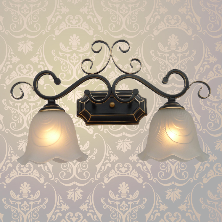 Здесь продается  A1 European wall lamp garden Hotel living room dining-room corridor wall lamp Retro personality iron+glass lampshare 2 heads  Свет и освещение