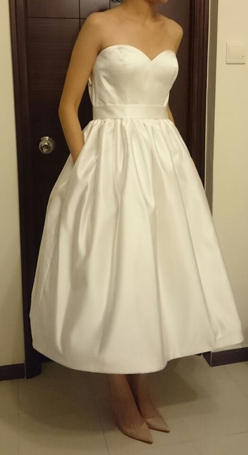 Robe de mariee courte alesandra paris satin wedding dress for Plus size silk wedding dresses