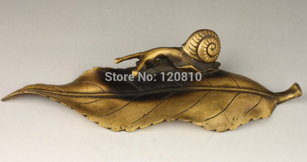 Vintage Collection Old Brass Casting Statues Vivid Snail Leaves