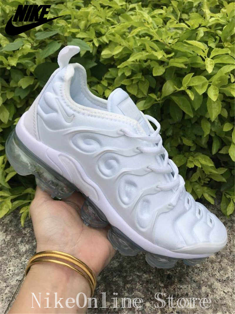 the best attitude 99c0b e511a Nike Air Max Vapormax Plus TN Men And Women Running Shoes Outdoor Sport  Cushioning Shoes Low