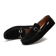 New Fashion Man Flats Moccasin Loafer mens Casual Driving Suede boat Slip On lazy leather Shoes