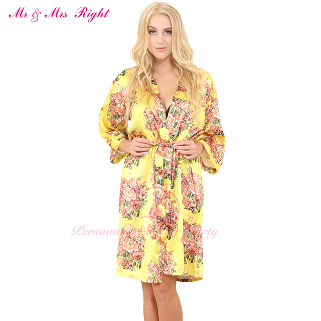 Moda Sexy Na Altura Do Joelho Roupa Sexy Kimono Robe Para As Mulheres Menina Noiva Do Casamento Da Dama de honra Com Flor Impressão Pijama