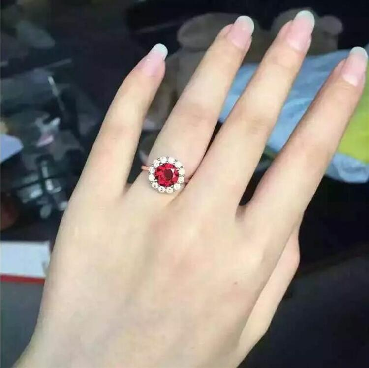Garnet ring Free shipping Natural and real garnet 925 sterling silver Wholesales Lady jewelry Red gems 7mmGarnet ring Free shipping Natural and real garnet 925 sterling silver Wholesales Lady jewelry Red gems 7mm