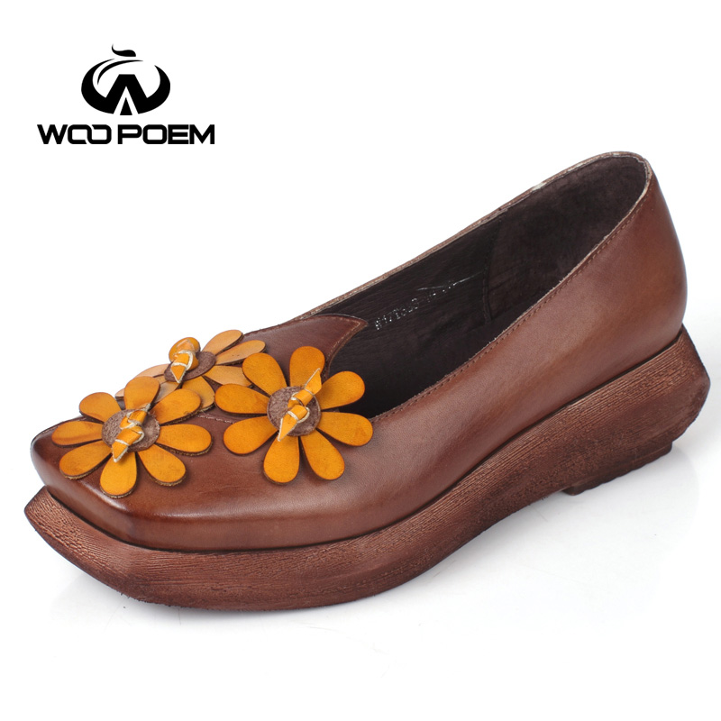 Фотография WooPoem Shoes Woman Breathable Genuine Leather Pumps Med Heels Wedges Pumps Novelty Casual Flower Women Pumps W17T333-1G