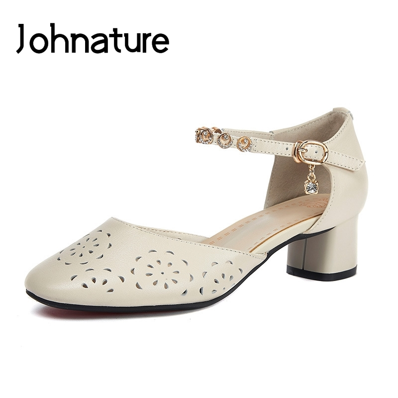 Johnature Genuine Leather 2019 New Summer Sandals Ankle-wrap Casual Buckle Strap Solid Retro Crystal Hollow Women ShoesJohnature Genuine Leather 2019 New Summer Sandals Ankle-wrap Casual Buckle Strap Solid Retro Crystal Hollow Women Shoes
