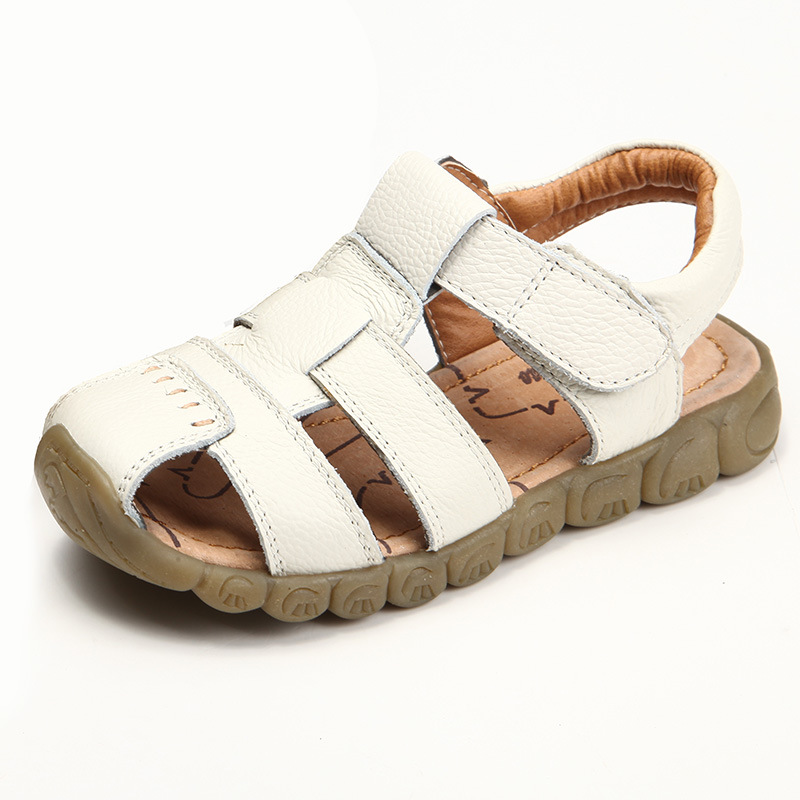 Men and Girls genuine leather sandals 2017 summer new boys and girls comfortable soft bottom children beach sandals kids shoes