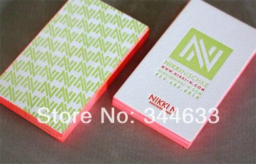 600gsm Coton Papier Custom Rouge Couleur Bord Cartes De Visite Typographique Service Limpression En Creux Vertical Style Meilleur Prix Dans