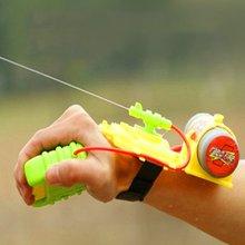 ABS 4 метра диапазон водяной пистолет на запястье пляжная игрушка водяной пистолет игрушка рюкзак открытый бассейн посыпки воды Дети Детская игрушка Стрелялка