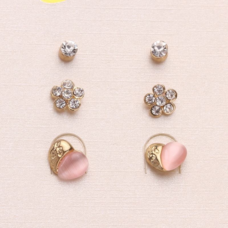 Free Shipping Korean Jewelry Cute Small Heart Flower Rhinestone Stud Earrings New Fashion For Women In From Accessories On