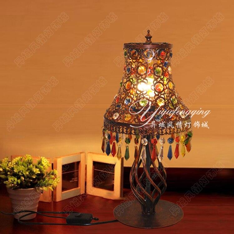 Créative européenne Vintage lampe de table bohême sud-est népal style multi couleur à la main perlée acrylique pendentif BXY1