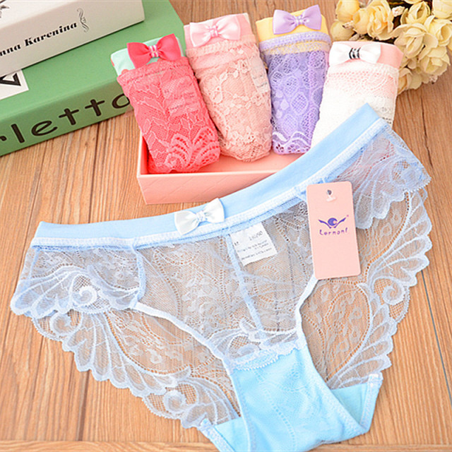 Hot teen girls in underwear really