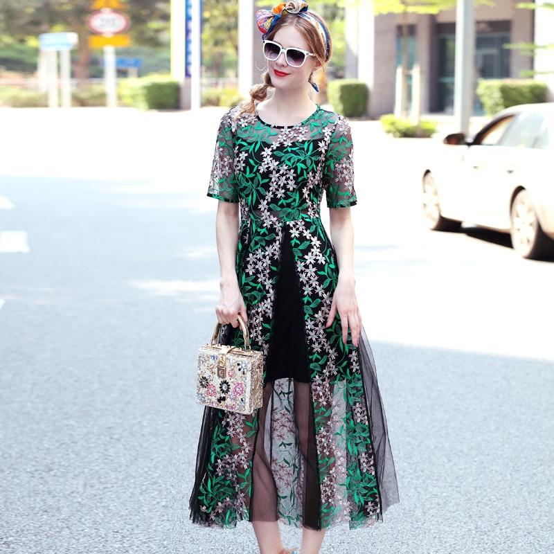 Платья из вышитой сетки фото