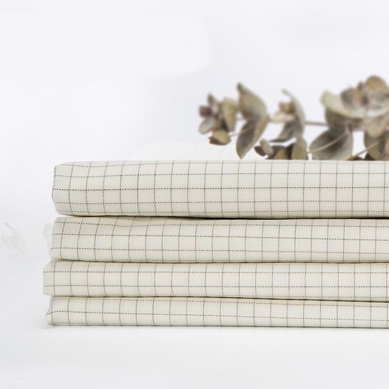 Argent plaqué fiber de feuille conductrice tissu antibactérien petit treillis tissé tissu largeur 2 mètres (94% coton + 6% argent fiber)
