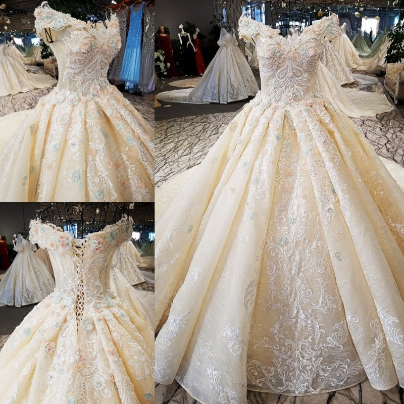 Wedding Dress The High-end Short Sleeve Elegant Boat Neck Luxury Sweep Train Off The Shoulder Sweet Flower Noble Ball Gown