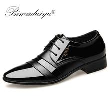 BIMUDUIYU แฟชั่นผู้ชายรองเท้าแบนรองเท้าธุรกิจ Oxfords รองเท้าชี้ Toe แต่งงานรองเท้าหนังอังกฤษ LACE up รองเท้า