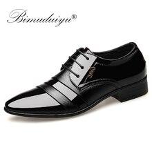 BIMUDUIYU אופנה גברים שמלת שטוח נעלי אוקספורד עסקי נעלי חתונה הבוהן מחודדת נעלי עור בריטי שרוכים הנעלה