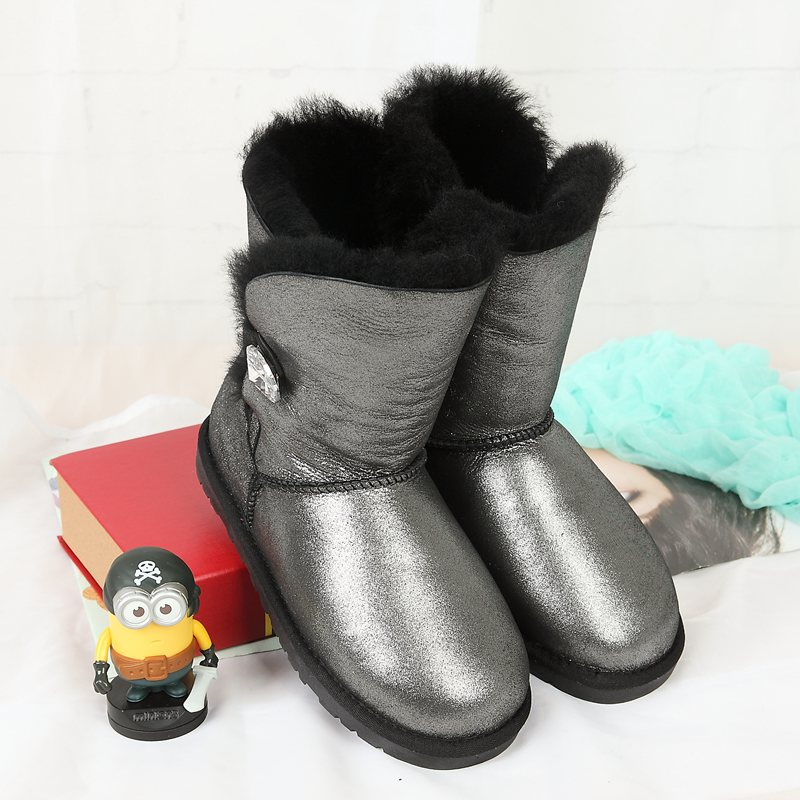 High quality snow boots 100% Australian natural sheep fur one female boots leather warm boots discount wholesale FREE SHIPPING