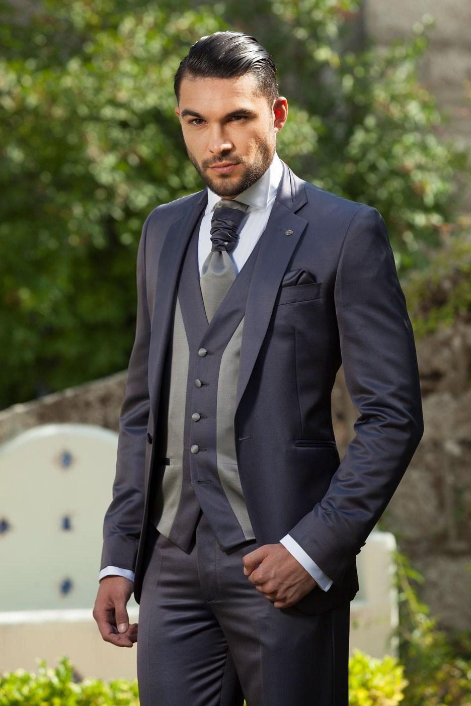 Slim Fit Customized Charcoal Wedding Ceremony Mens Suit Groom Tuxedos Bridegroom And Groomsman Suit Jacket+Pants+Tie+Vest