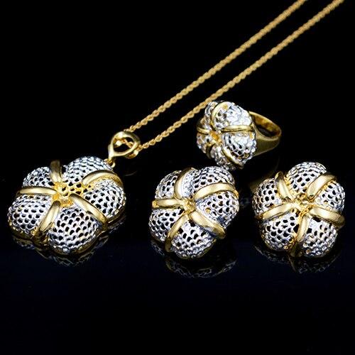 Sunny Jewelry Dubai Jewelry...