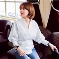 Vintage Women Shirts Lantern Sleeve Slim V-Neck Small Waist Wind Palace Blouse Shirt White 8890