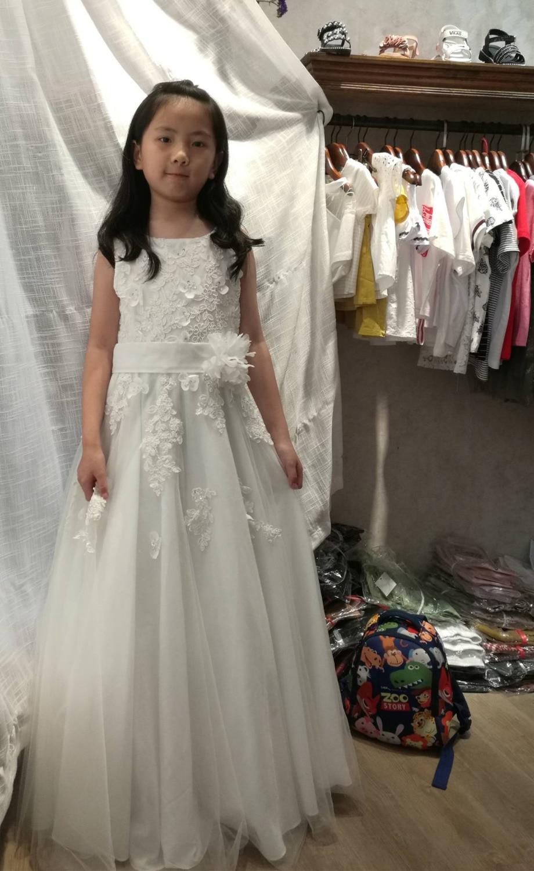 Jolies robes de filles en Voile d'ivoire sans manches broderie ivoire perles robes de fleurs robes de reconstitution historique de plancher-lenth pour les petites filles