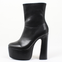 jialuowei Women Platform Boots Sexy Gothic 15cm High Block Heel Ankle Boots Thick Square Heel Pointed Toe Punk Women Shoes недорого