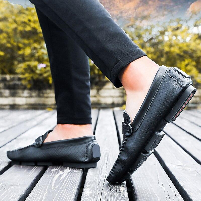 Macios Casuais Respirável Black Tamanho Sapatos Condução 46 Nova Grande Slip on Homens Mocassins Moda Da Barco 37 Apartamentos Chegada Metal Dos white brown De qwqZUna1O