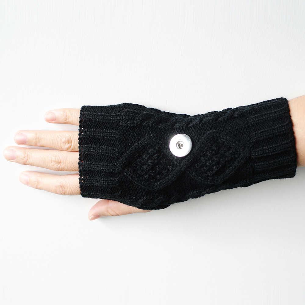 Partnerbeads 2017 Black Knitted Gloves Snap Jewelry Women Girl Winter Knitting Gloves Fit Snap Button Jewelry 18mm Charm KB9792