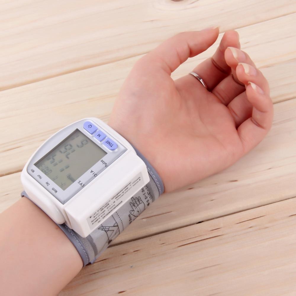 Digital LCD Automatic Wrist Blood Pressure Measurement Pulse Monitor Heart Beat Meter pulse oximeter Health monitor