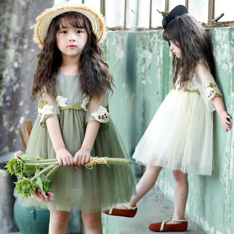 2019 Spring Summer Kids Baby Girls Clothes Lace Princess Round Neck Half Sleeve Flower Embroidery Wedding Party Dress For 2-8Yrs