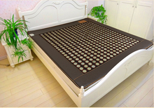 2017 best present Popular In Thailand Health Care Hot Stone Tourmaline Heating thermal jade mattress As