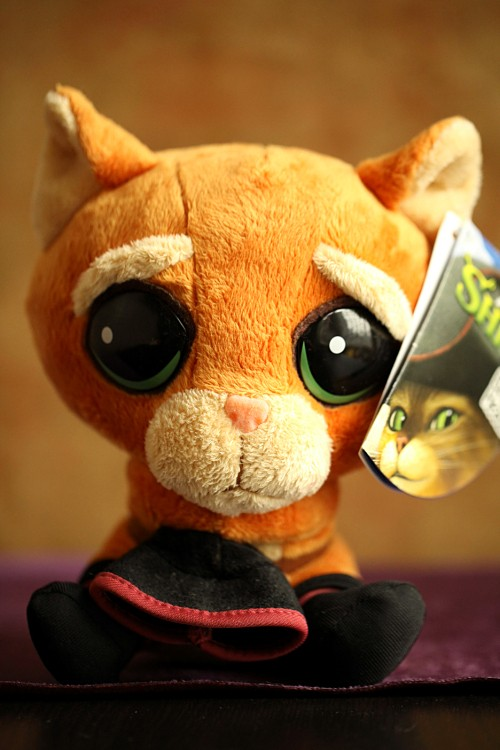 Shrek Plush Toys,Magic Cat, Puss In Boots, Lovely Big Eyes Cat Plush Toy, Monsters Toy