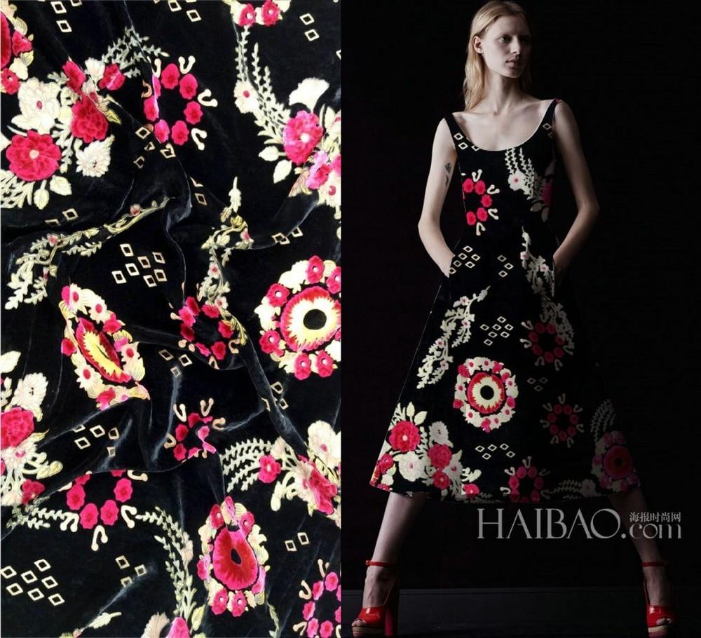 Telas Crazy Discount High Grade Luxury Red Flowers Flocking African Fabric Silk Velvet Fabric Dress Scarf Tissus Metre Alibab