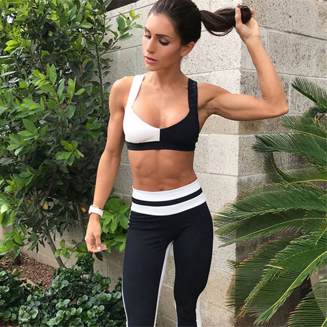 2 Piece Yoga Suit Set with Bra and Leggings