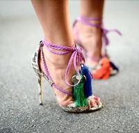 Grande Taille 10 Pas Cher Prix Nom Marque Imprimé Serpent En Cuir dentelle-up Haute Talon Sandales Cheville Gland Conception Cut-out Robe D'été chaussures