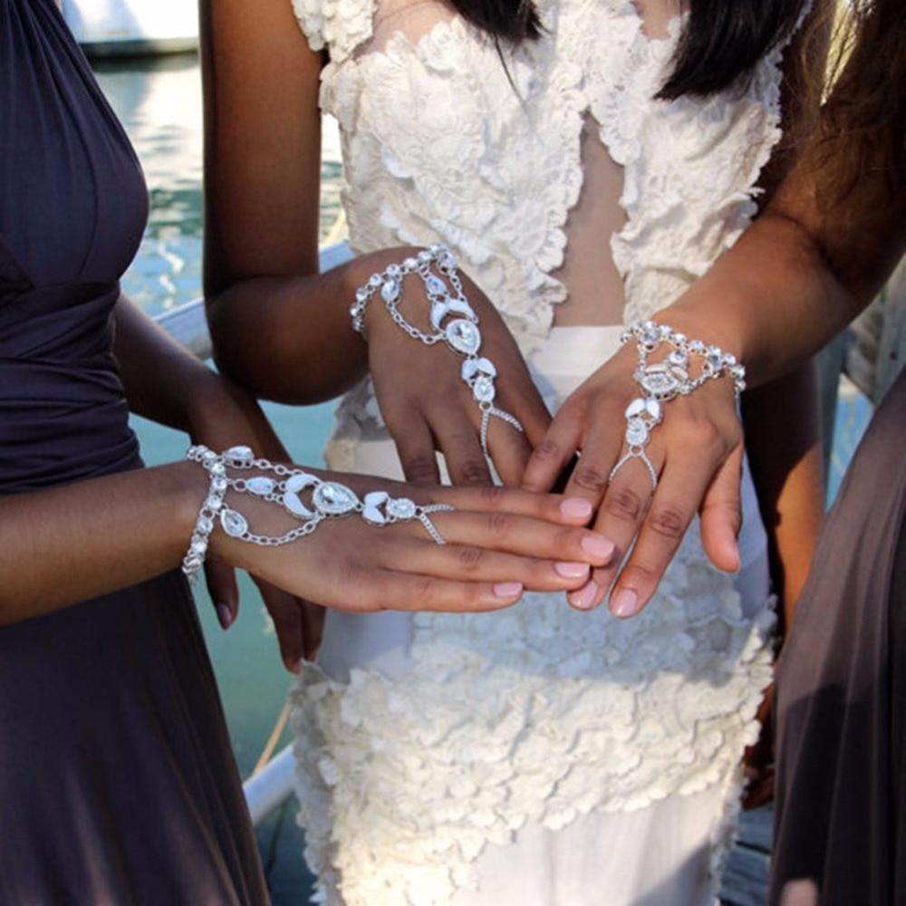 1 St Retro Crystal Strass Hand Ketting Punk Water Drop Harness Bangle Slave Link Vinger Ring #241745 Online Korting