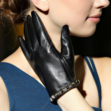 Solid Wrist Rivet Genuine Leather Winter Gloves Adult Women Fashion Goatskin Glove Short Black Driving Free Shipping Dc5961