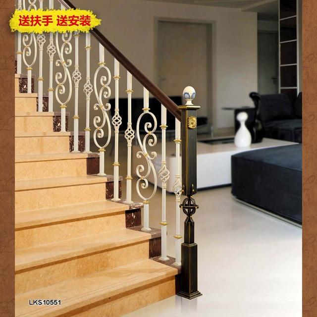 escalier fer forg et bois personnalis en fer forg escalier de bois escalier main courante srie. Black Bedroom Furniture Sets. Home Design Ideas