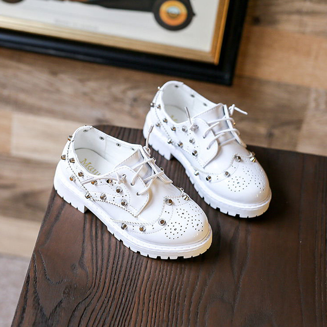 2017 new design shoes for kid footwear patent oxford shoe black fit unisex children classic performance chaussure rivet studed