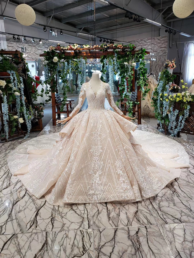 HTL433 long sleeves lace wedding dresses with train v-neck open back puffy ruffle wedding gowns heavy handwork robe de mariee (1)
