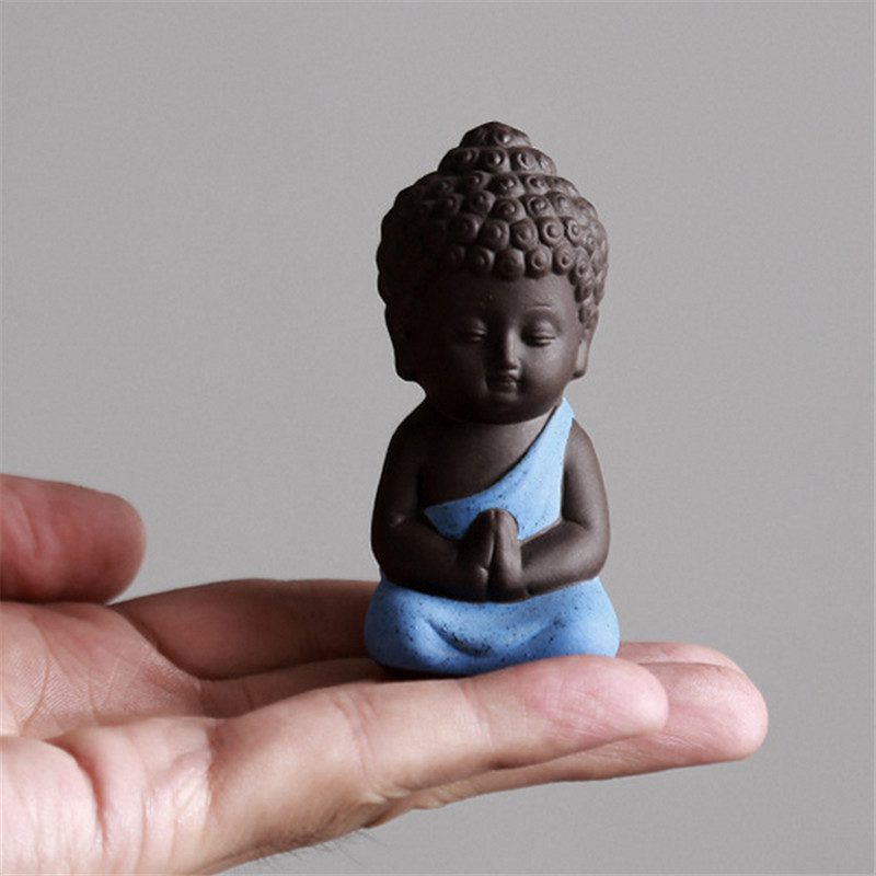 1 PC New Small Buddha Statue Monk Figurine  India Yoga Mandala Tea Pet Purple Ceramic Crafts Decorative Ceramic Ornaments P20