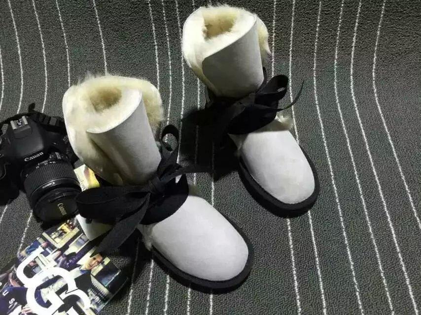 2019 livraison gratuite! bottes de neige hautes classiques bottes chaudes pour femmes de haute qualité australie véritable bottes en peau de mouton chaussures femmes-in Bottes de neige from Chaussures    3