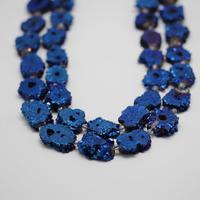 30 35mm,Titanium Plated Dark Blue Druzy Quartz Sunflower Shape Beads,Rough Drusy Crystal Slab Loose Beads for Pendants Necklace