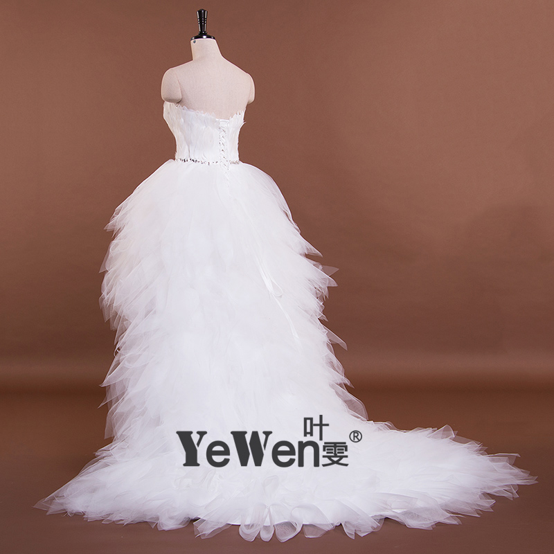 Ivory Sweetheart Ruffled Bling Sequins Feather Organza Short Front Long  Back Prom Dresses 2018 emerald green cocktail dresses -in Prom Dresses from  Weddings ... 6a22c4aa6dc8