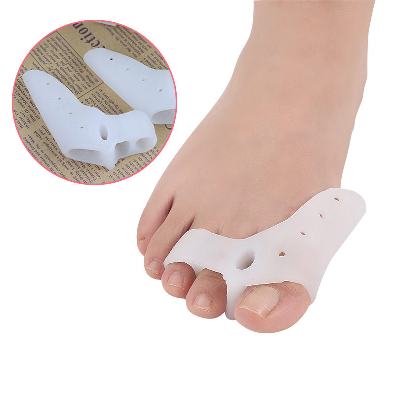 2pcs/set Silicone Gel Toe Corrector Foot Fingers Three Hole Toe Separator Thumb Valgus Protector Bunion Adjuster Valgus Guard