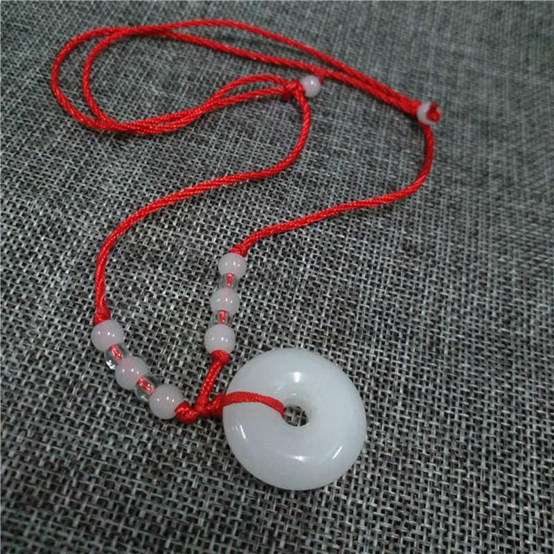 คลาสสิกสีขาวสีเขียวสร้อยคอพระพุทธรูปจี้แรงบิดปรับห่วงโซ่เชือกสีแดง Unisex Lucky Charm ของขวัญเครื่องประดับสร้อยคอ